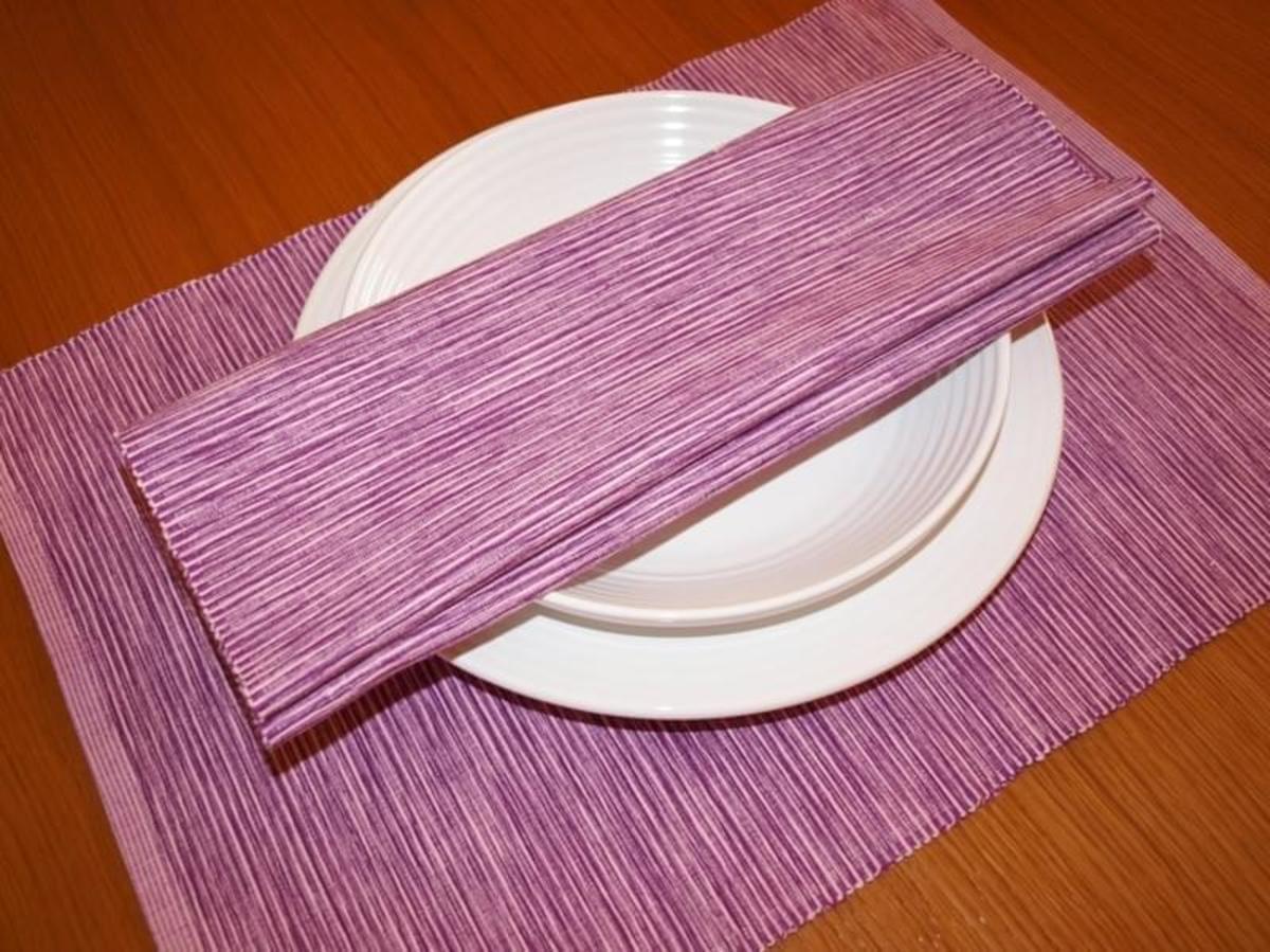 Forbyt Dekorační prostírání , Viktoria, 40 x 90 cm , fialová 40 x 120 cm